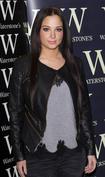 More Pics of Tulisa Contostavlos Long Center Part (1 of 5) - Tulisa Contostavlos Lookbook - StyleBistro