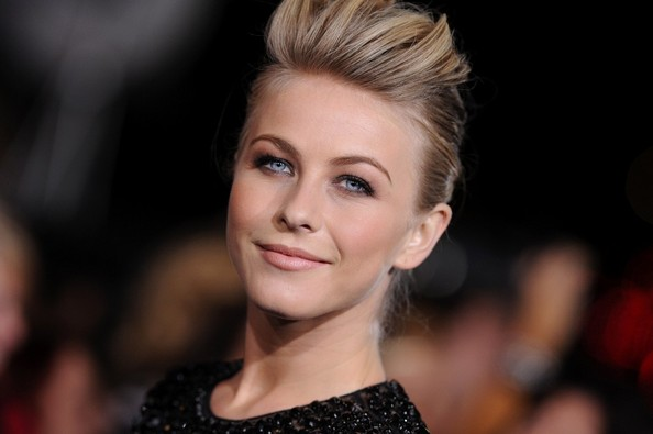 More Pics of Julianne Hough Pompadour (5 of 12) - Pompadour Lookbook - StyleBistro