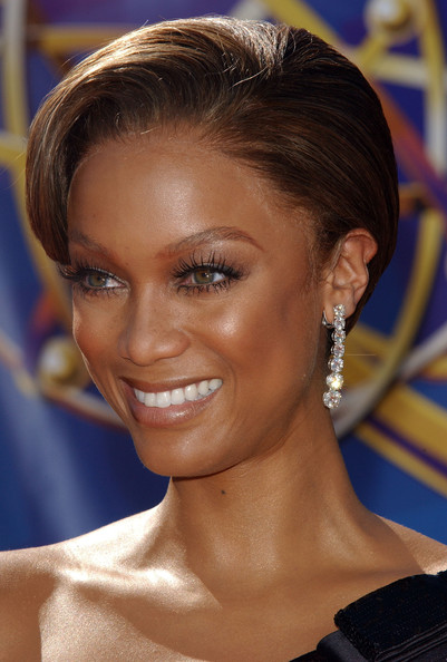 Tyra Banks Dangling Diamond Earrings