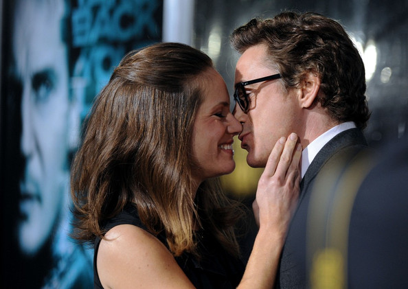 Susan Downey wore her hair in a retro half-up half-down style at the premiere of 'Unknown.'