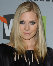 Styled in a layered cut with plenty of shine, Emily Procter's hair looked beautiful, as always.