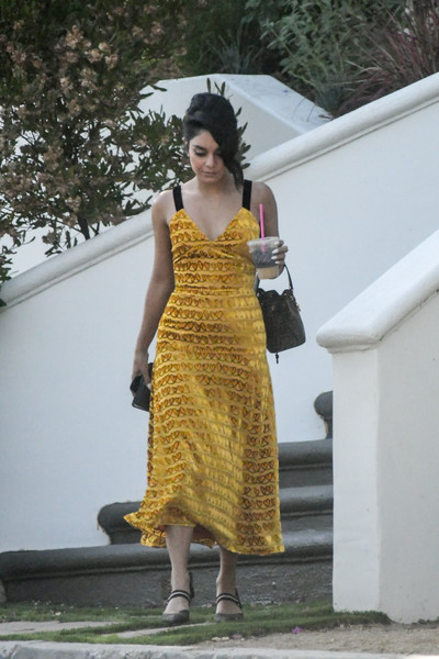 More Pics of Vanessa Hudgens Cocktail Dress (1 of 10) - Dresses & Skirts Lookbook - StyleBistro