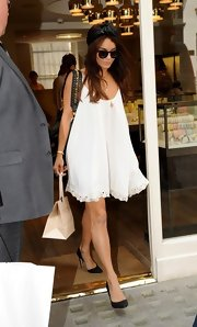 Vanessa looked summertime chic in a flowing baby doll dress.