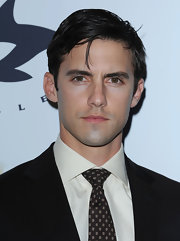 Here, Heroes actor Milo Ventimiglia opted for a classic side-part hairstyle.