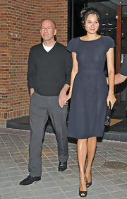 Emma Heming was snapped stepping out for dinner in a simple yet impeccably stylish navy dress.