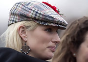 Zara Phillips wore a pair of dazzling chandelier earrings to the Cheltenham Festival.