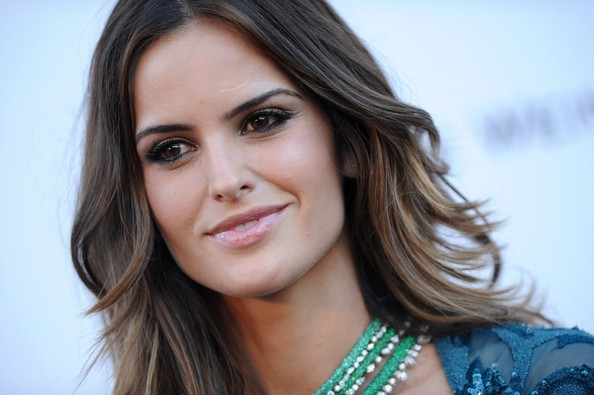 More Pics of Izabel Goulart Nude Lipstick (1 of 5) - Makeup Lookbook - StyleBistro