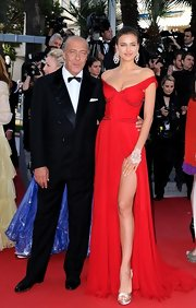 Satin pumps were a perfect pairing for this gorgeous red gown Irina wore to the 'Killing Them Softly' premiere.