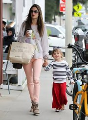 Alessandra Ambrosio still looked stylish and chic while wearing casual skinny jeans and an oversized sweater.