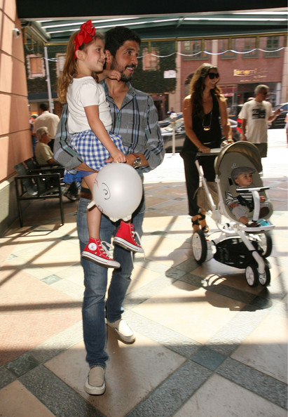 Ali Landry And Family Visit A Doctors Office