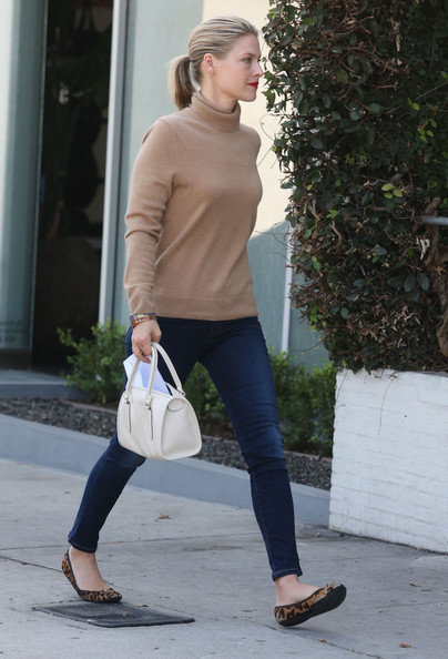 More Pics of Ali Larter Ballet Flats (1 of 15) - Flats Lookbook - StyleBistro