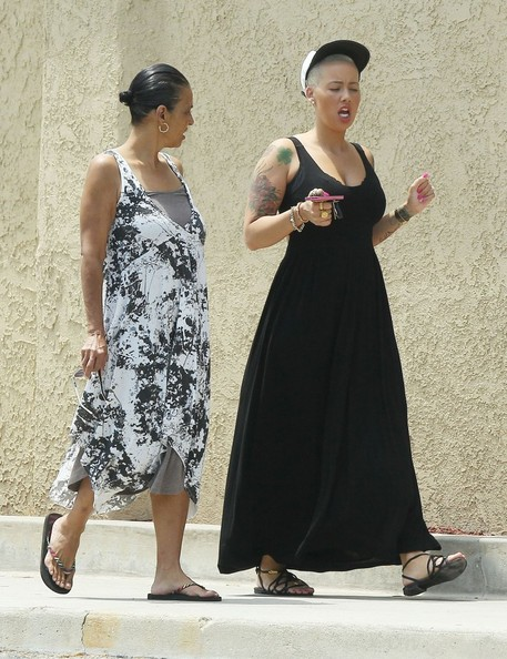 More Pics of Amber Rose Maxi Dress (4 of 21) - Amber Rose Lookbook - StyleBistro