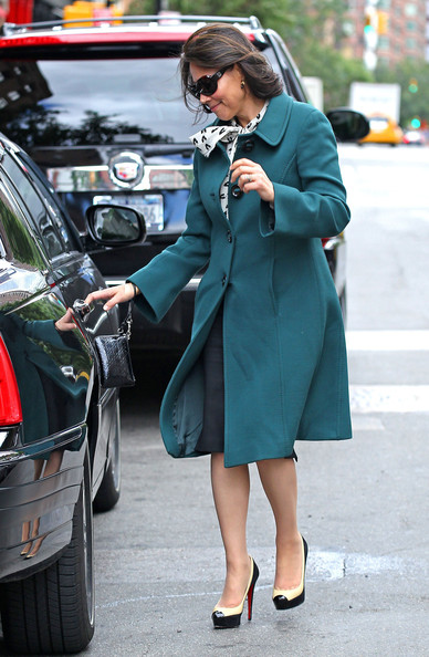 Ann Curry Platform Pumps