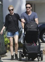 Anna Paquin chose a black cardigan to pair over her tee and jeans while out in Venice.