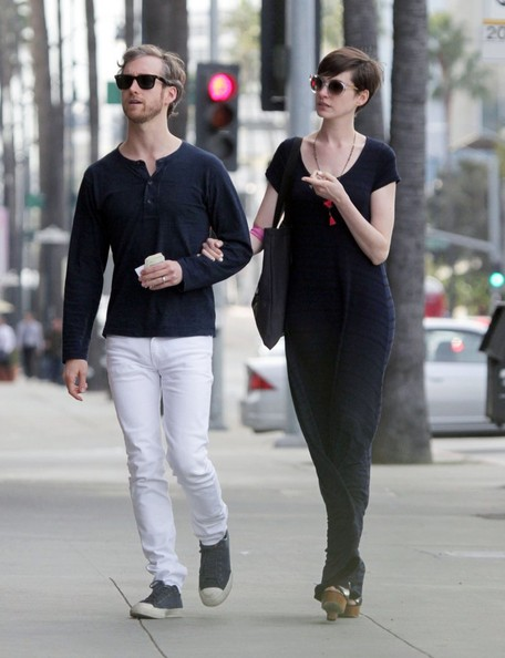 More Pics of Anne Hathaway Maxi Dress (1 of 13) - Maxi Dress Lookbook - StyleBistro