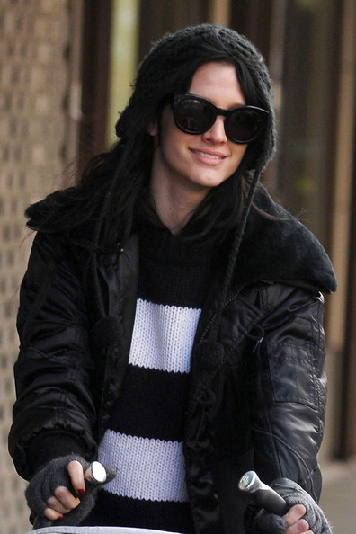 More Pics of Ashlee Simpson Pompom Beanie (5 of 11) - Ashlee Simpson Lookbook - StyleBistro