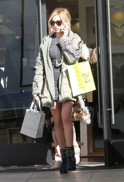 More Pics of Ashley Tisdale Leather Messenger Bag (1 of 43) - Ashley Tisdale Lookbook - StyleBistro