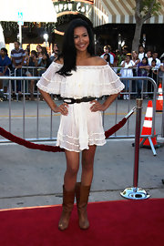 Naya Rivera opted for a country look at the premiere of 'Bandslam' in slouchy flat tan boots.