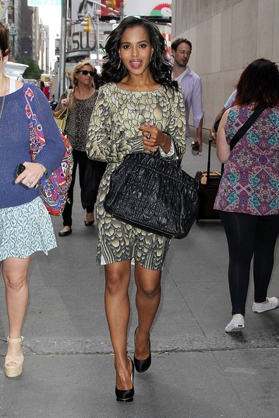 More Pics of Kerry Washington Leather Tote (1 of 5) - Kerry Washington Lookbook - StyleBistro