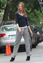 Behati proved that even Victoria's Secret models wear sweatpants!