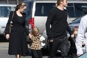 Knox Jolie-Pitt and Vivienne Jolie Pitt Photo