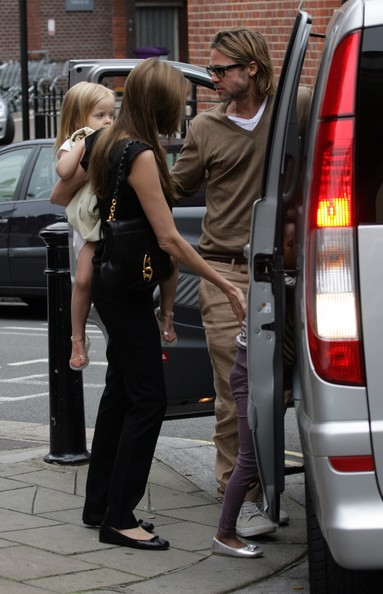 Brad and Angelina Take the Kids to Smurfs 3D in London