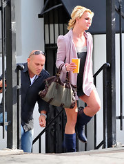 Britney rocked a leather satchel while out shopping in Santa Monica.