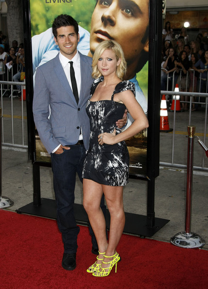 Brittany Snow Strappy Sandals []