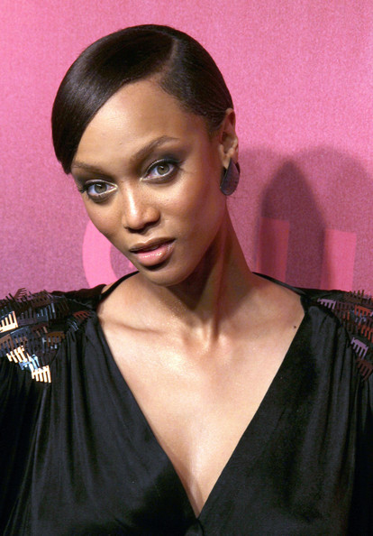 More Pics of Tyra Banks Classic Bun (1 of 12) - Tyra Banks Lookbook - StyleBistro