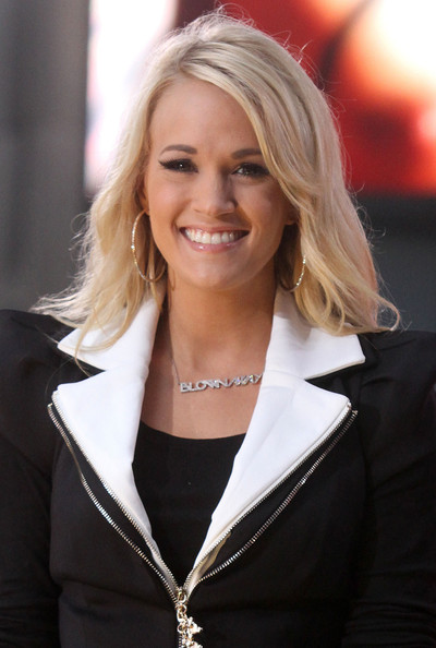 Carrie Underwood Layered Cut