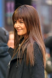 Katie Holmes wore her hair long and straight with jagged bangs during her appearance on 'Good Morning America.'