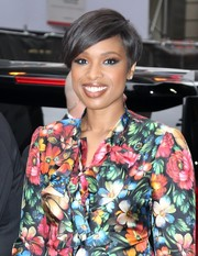 Jennifer Hudson was stylishly coiffed with this short side-parted 'do while visiting 'Good Morning America.'