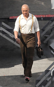 Hines Ward was spotted rehearsing for 'Dancing with the Stars' in brown tweed slacks paired with yellow suspenders.