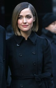 Rose Byrne kept her bob in its usual straight style for an appearance on Good Morning America.
