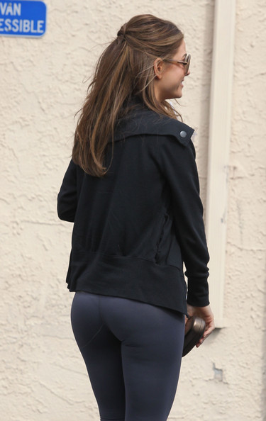 More Pics of Maria Menounos Crosstrainers (1 of 5) - Crosstrainers Lookbook - StyleBistro