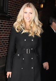 Brooklyn Decker wore her long mane of hair in soft wavy layers while making an appearance on the 'Late Show With David Letterman.'