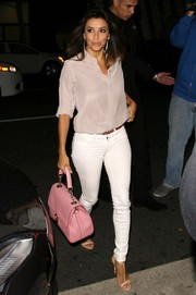 Eva Longoria topped off her outfit with a sweet and stylish Dolce & Gabbana tote.