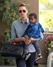 Charlize did another denim-on-denim look with this chambray shirt and skinny jeans while out with her son.