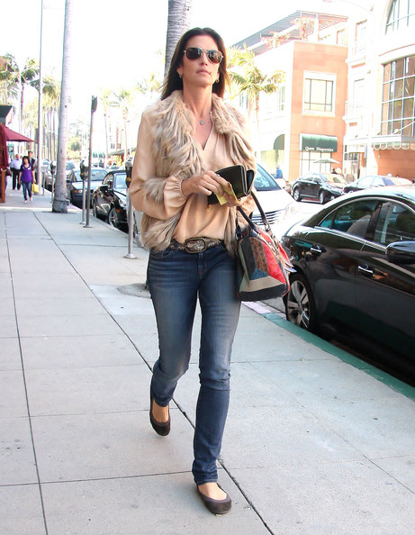 More Pics of Cindy Crawford Skinny Jeans (1 of 10) - Cindy Crawford Lookbook - StyleBistro