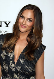 Minka Kelly was all smiles as she showed off her layers at the premiere of 'Country Strong.' He polished look was completed with honey highlights.