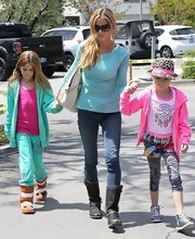Denise Richards kept her look casual and cool with a turquoise long-sleeve tee.