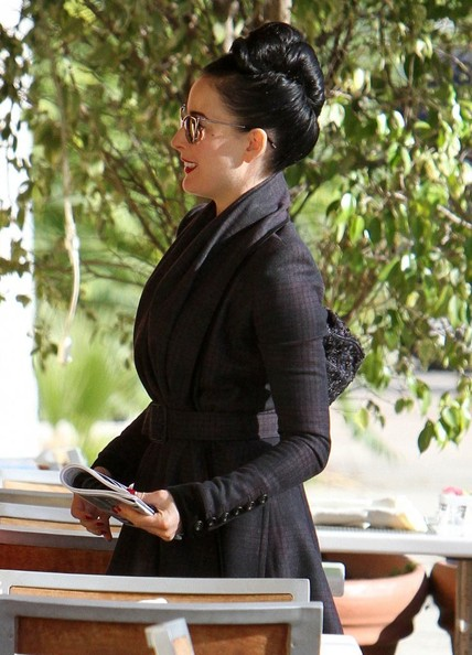 Dita Von Teese Out For Lunch In Studio City
