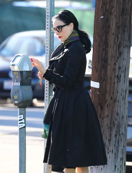 Dita Von Teese Shops For New Furniture