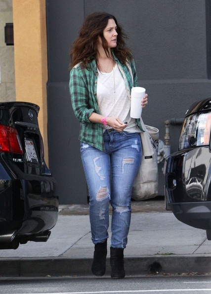 More Pics of Drew Barrymore Ripped Jeans (3 of 11) - Drew Barrymore Lookbook - StyleBistro