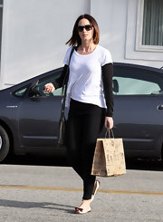 Emily Blunt chose a white tee for her casual daytime look.