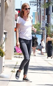 Emily VanCamp chose a classic white tee for her look while grabbing lunch with boyfriend, Josh Bowman.