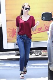 Emma Roberts looked casual and comfy in this crimson V-neck.