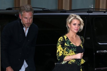 Eric Johnson Jessica Simpson Jessica Simpson & Eric Johnson Shopping In NYC