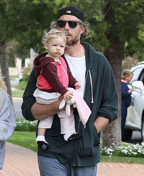 Jessica Simpson & Family Out For A Stroll On Easter
