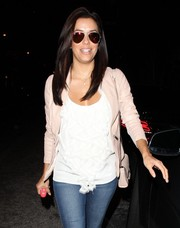 Eva Longoria stepped out of the Ken Paves salon looking stylish in her Ray-Ban aviators.